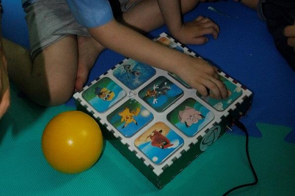 Hình 6 -Thiết bị hỗ trợ trẻ ghi nhớ